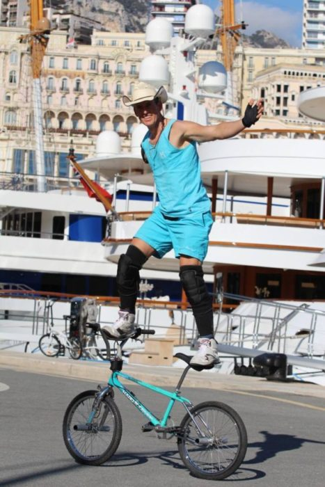 BMX STAR – le Cow-Boy de Saint-Tropez in Monte-Carlo, Monaco with Sport and Dogs! 1