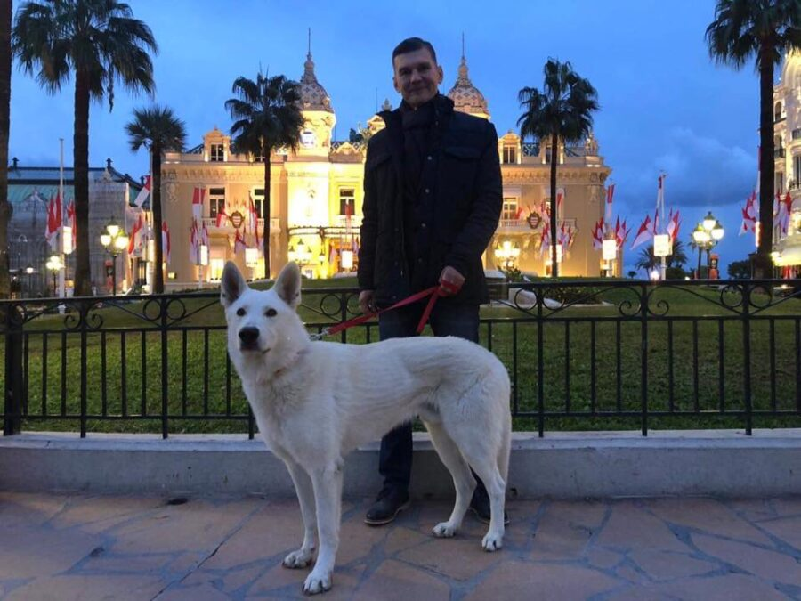 BTWW Escobar enjoying life in Monaco, Monte-Carlo ! 1